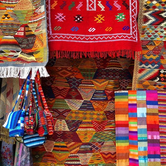 telas, cojines y mantas