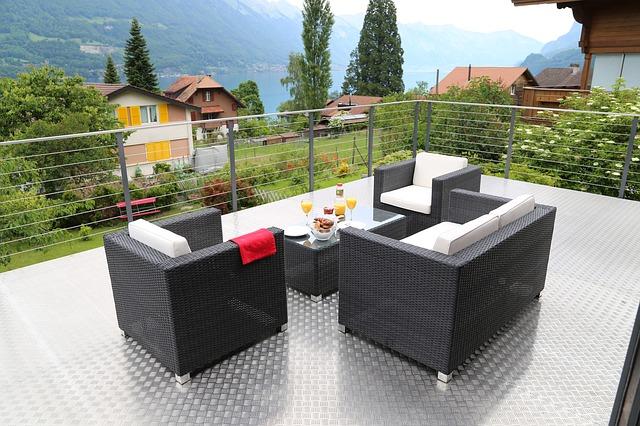 crear ambientes en tu terraza o jardín