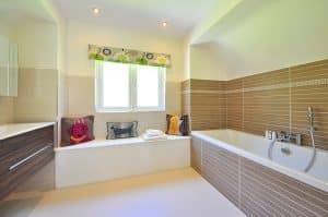 Trucos para que el cuarto de baño parezca más grande, parte 1