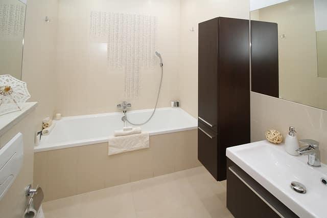 Trucos para que el cuarto de baño parezca más grande, parte 2