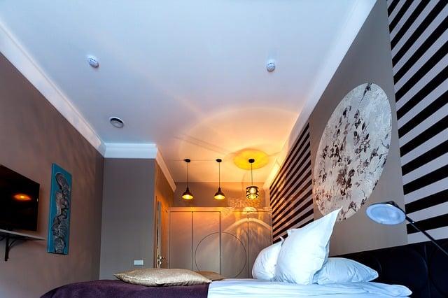 Cómo aportar color al dormitorio