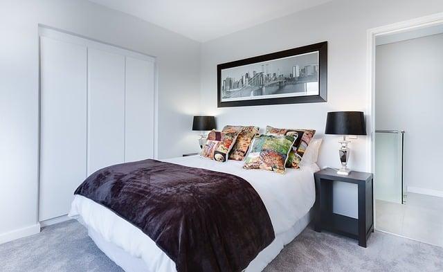Trucos para decorar dormitorios pequeños