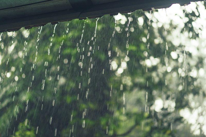 lluvia en edificios